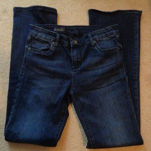 Kut from the Kloth baby bootcut jean 6S